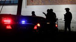 Tirs contre 2 policiers à Ferguson: un suspect