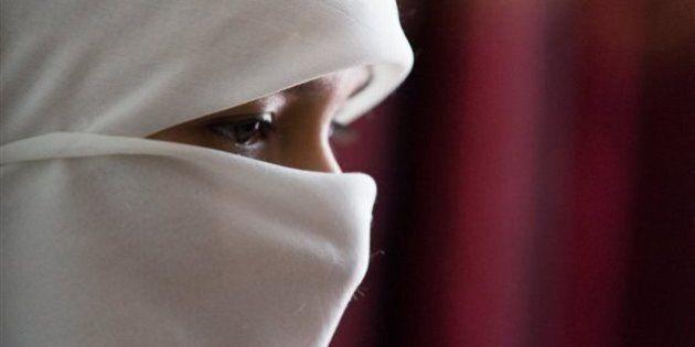 Le port du niqab incompatible avec certains métiers, dit Jason