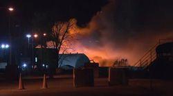 Important incendie dans une usine de recyclage de véhicules et de matériaux à