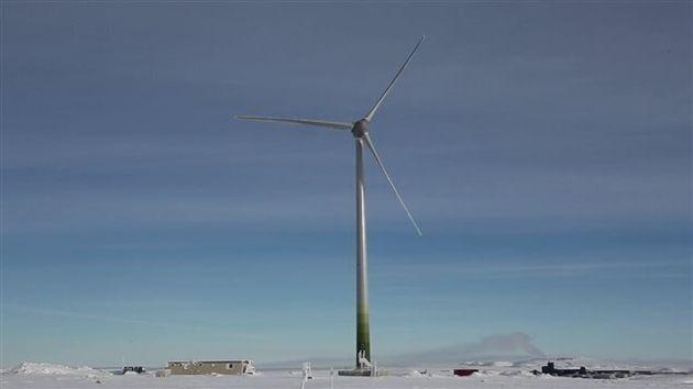 Arctique: l'éolienne de tous les défis