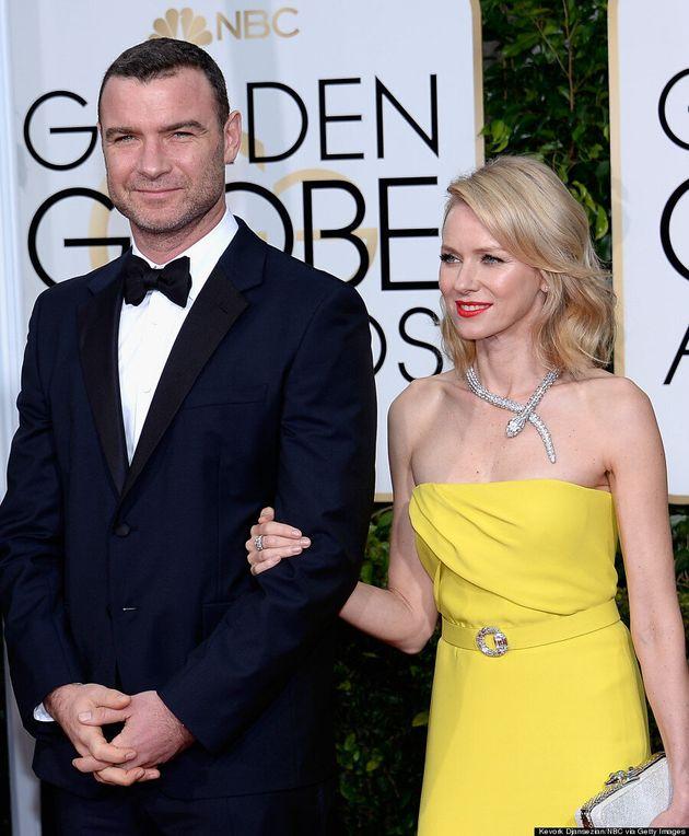 Golden Globes 2015: Naomi Watts porte l'une des plus belles robes du tapis rouge