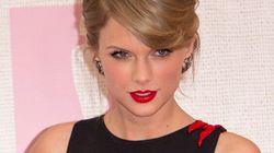 Brit Awards 2015: découvrez toutes les tenues des stars sur le tapis
