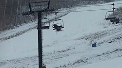 Une centaine de skieurs libérés d'un télésiège après plusieurs