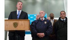 Policiers tués à New York : le maire essaie de calmer le jeu