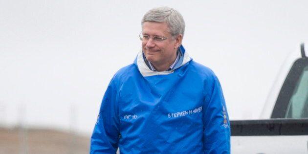 Harper participe aux recherches des navires perdus de l'expédition