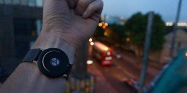 Un bracelet connecté qui améliore l'humeur à la demande: voici Doppel