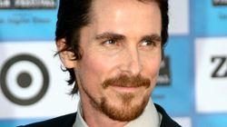 Christian Bale ne ressemble plus à ça!