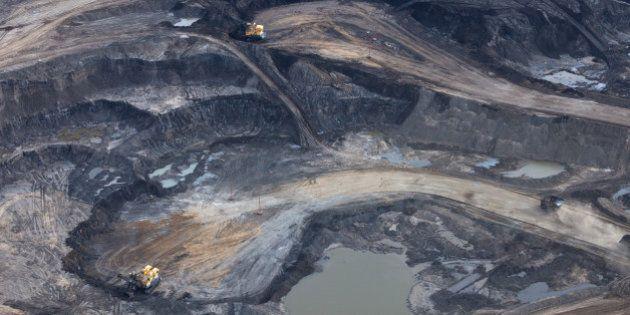Pétrole des sables bitumineux : des retombées encore bien incertaines pour le