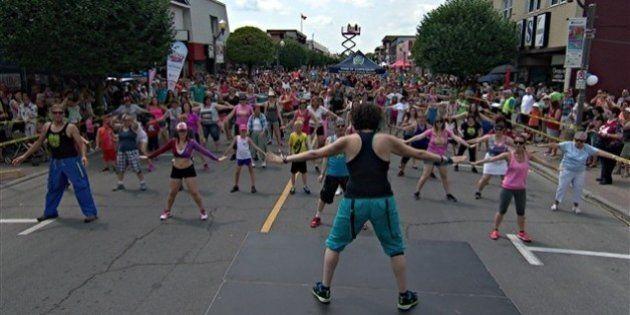 Hawkesbury: nouveau record mondial de danseurs sur