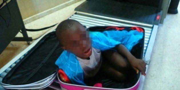 Immigration clandestine : l'enfant caché dans une valise a retrouvé sa