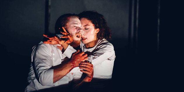 Le traitement imaginé à travers ce «Macbeth Muet» en fait un spectacle ludique très