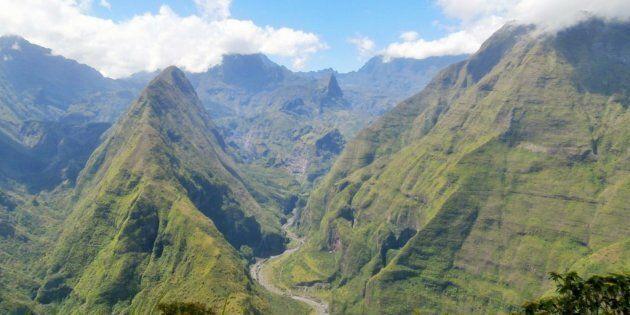 La Réunion, tu portes bien ton nom. Créoles, Chinois, Indiens, Français, expatriés…, tu réunis tout le monde.