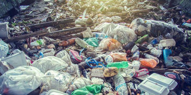 Montréal veut régler ses problèmes de déchets et demande votre