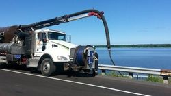 Déversement de diesel dans la rivière des