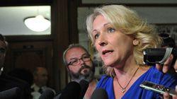Perturbations à l'hôtel de ville de Montréal: lettre aux ministres Thériault et