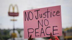 Ferguson : le ministre de la Justice promet de faire toute la lumière sur la mort de Michael