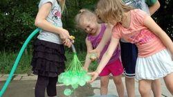 Comment remplir 37 ballons d'anniversaire en 20 secondes (PHOTOS,