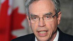 Joe Oliver suggère des baisses d'impôts au