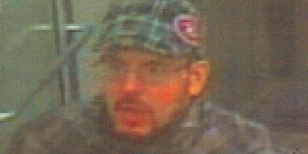 Vols à la SAQ: le SPVM recherche un suspect