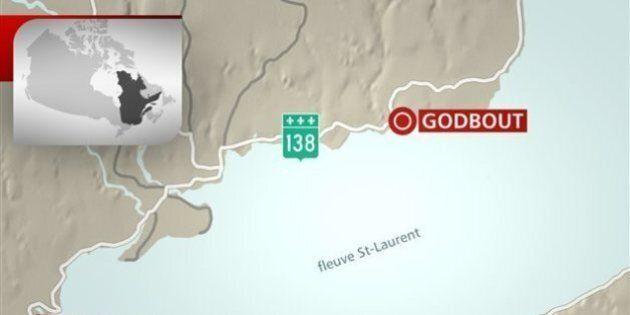 Un accident et un déversement d'essence sur la route 138 à Godbout sur la