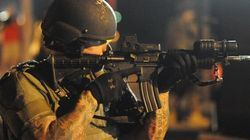 Ferguson: la police surarmée fait