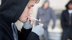 Vivre avec un fumeur serait aussi dangereux que d'habiter une ville très