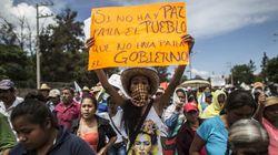 Disparition d'étudiants au Mexique : des milliers de manifestants bloquent une autoroute
