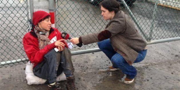 Raffinerie Suncor de Montréal-Est: les activistes enchaînées