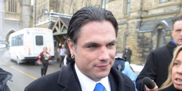Les présumées victimes du sénateur Patrick Brazeau veulent retirer leurs