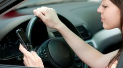 Textos au volant : le gouvernement ontarien envisage d'imposer des amendes
