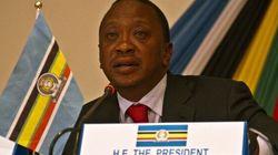 Le président kényan, premier chef d'État devant la