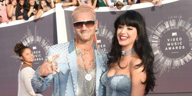 Katy Perry portait une robe en jean aux VMA, comme Britney Spears en