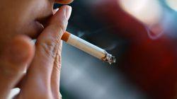 Le nombre de fumeurs canadiens est à son plus