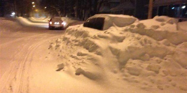 Les Maritimes croulent sous la neige: état d'urgence à