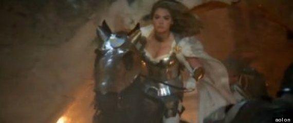 L'annonce de Game of War pour le Super Bowl, c'est un peu comme si Kate Upton jouait dans «Game of Thrones»
