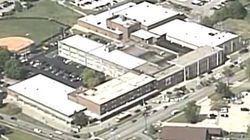 Fusillade dans une école du Kentucky: au moins un