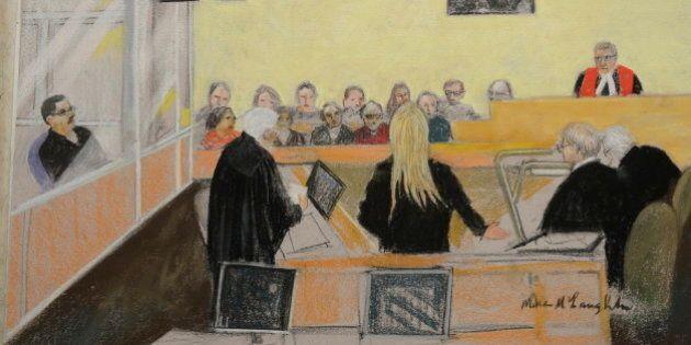 Procès de Magnotta: le jury regarde les photos des colis envoyés en juin