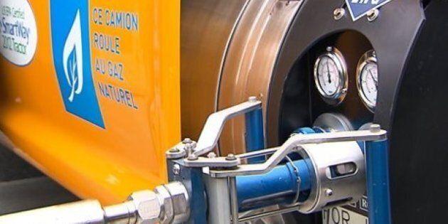 Partenariat entre Québec et Gaz Métro dans une usine de gaz naturel