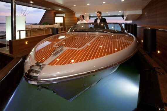 Un yacht avec... garage