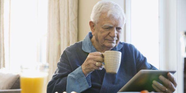 Près de la moitié des personnes âgées dans le monde sans pension de