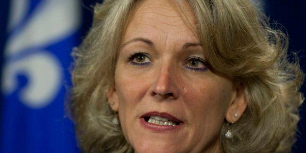 EXCLUSIF - Lise Thériault nolise un avion privé aux frais des contribuables pour revenir de