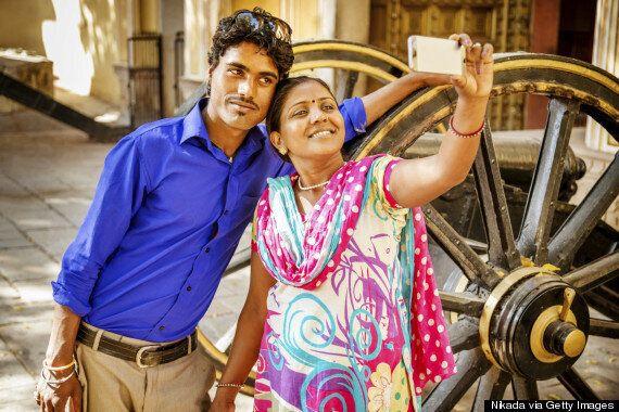 En Inde, la police arrête les célibataires qui prennent des égoportraits