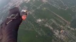Ce Québécois qui combine wingsuit et BASE jump vous donnera envie de voler... ou pas!