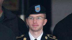 Manning, la «taupe» de WikiLeaks, porte plainte pour devenir