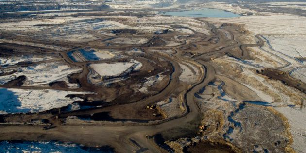 FORT MCMURRAY, ALBERTA, CANADA - NOVEMBER 2008: Aerial views of the mines of Syncrude Canada Ltd and...