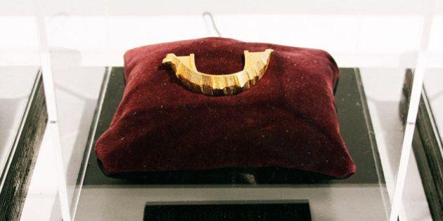 Rappeurs: des dents en or (ou plutôt des grillz) personnalisées en fonction des paroles d'une