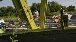 Sécuriser le site du crash MH17, un périlleux numéro