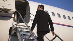 Vous avez peur de l'avion? Les conseils d'une psychologue spécialisée pour mieux aborder vos