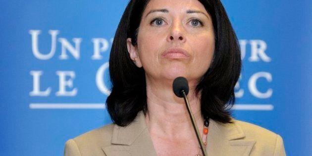 Line Beauchamp apprend en direct que l'UNESCO prône la gratuité