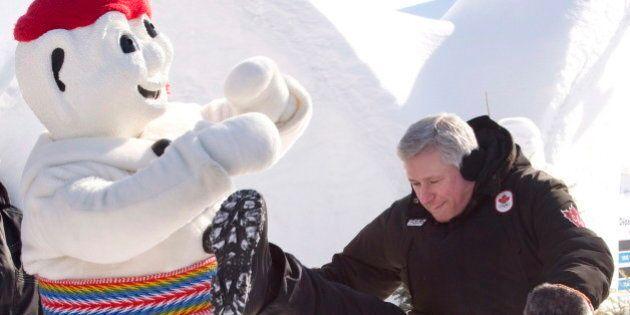 Stephen Harper rend visite au Carnaval de